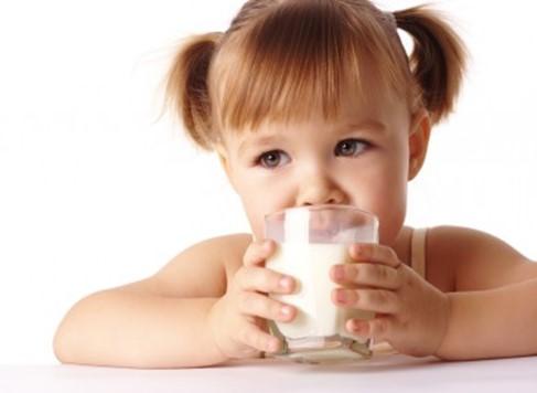 ดื่มนมกันเถอะ