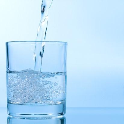 ดื่มน้ำ..เรื่องใกล้ตัวที่ไม่ควรมองข้าม